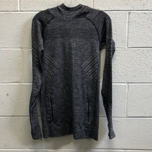 Lululemon heathered black pullover, sz 6, 63520